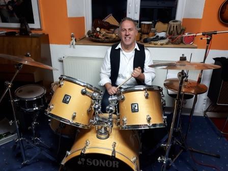 Willi am Schlagzeug - von der Take Five Band
